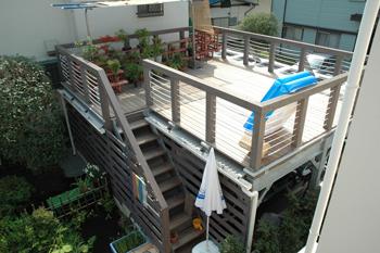 都会風デザイン ガーデン デッキテラス